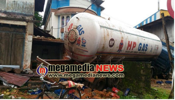 Gas tanker claimed life of one after hitting truck