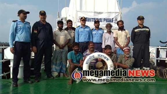 ICGS Savitribai Phule coordinates rescue of crew of sinking ship