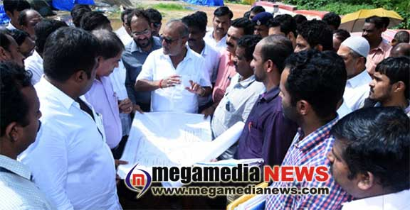 Fisheries minister Venkatrao Nadagouda heard fishermen problem