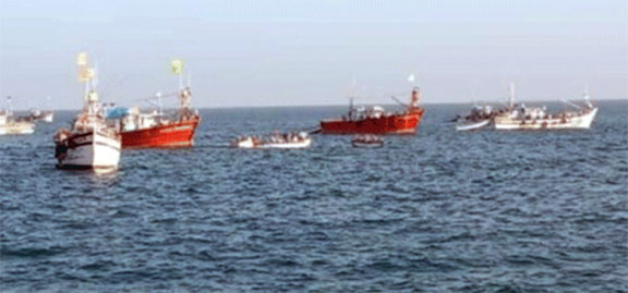 Fishing vessel capsize  in mid sea – Six fishermen go missing